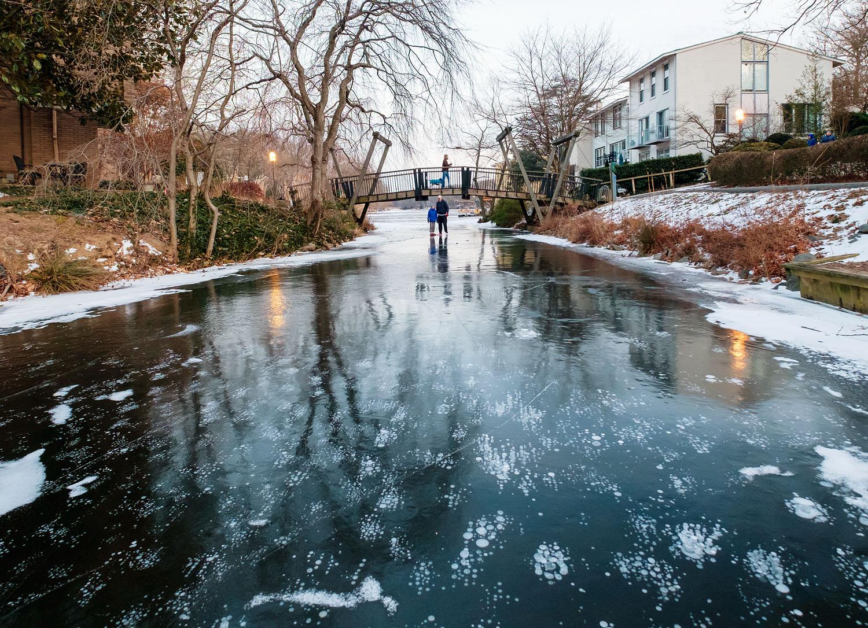 Lake Anne frozen in the winter