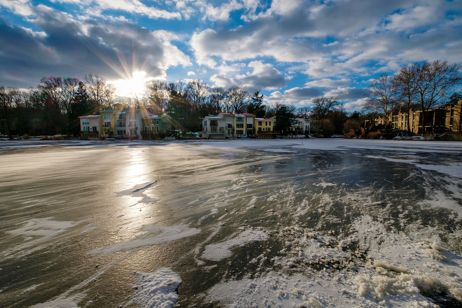 Frozen Lake Anne in Reston, Virginia in the winter