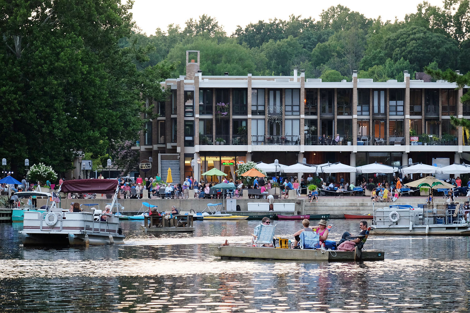 Lake Anne Plaza on a summer's evening