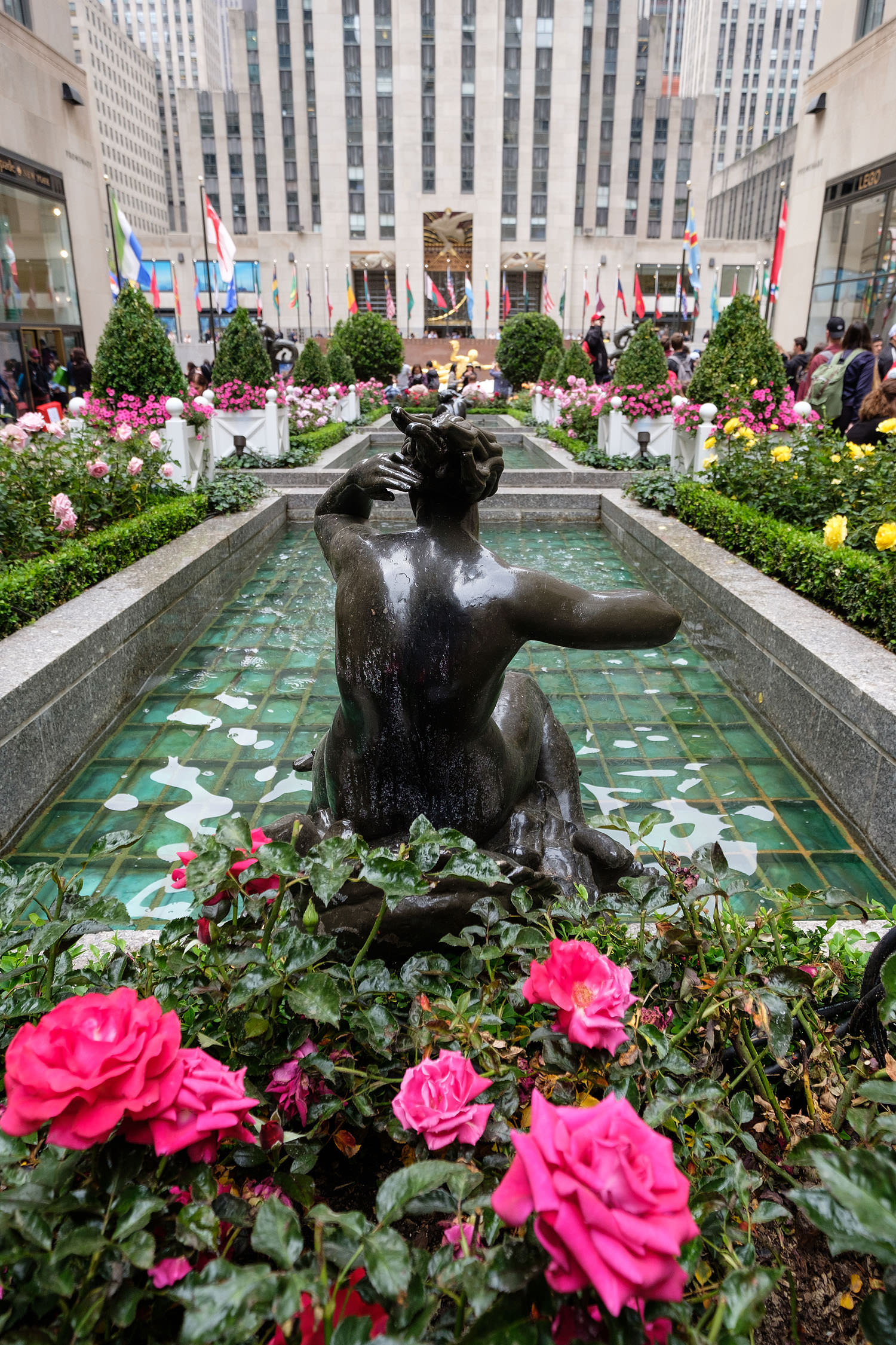 Rockefeller Center in the spring