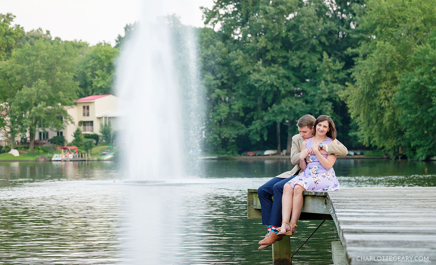 Couple portraits at Lake Anne (Reston, Virginia)