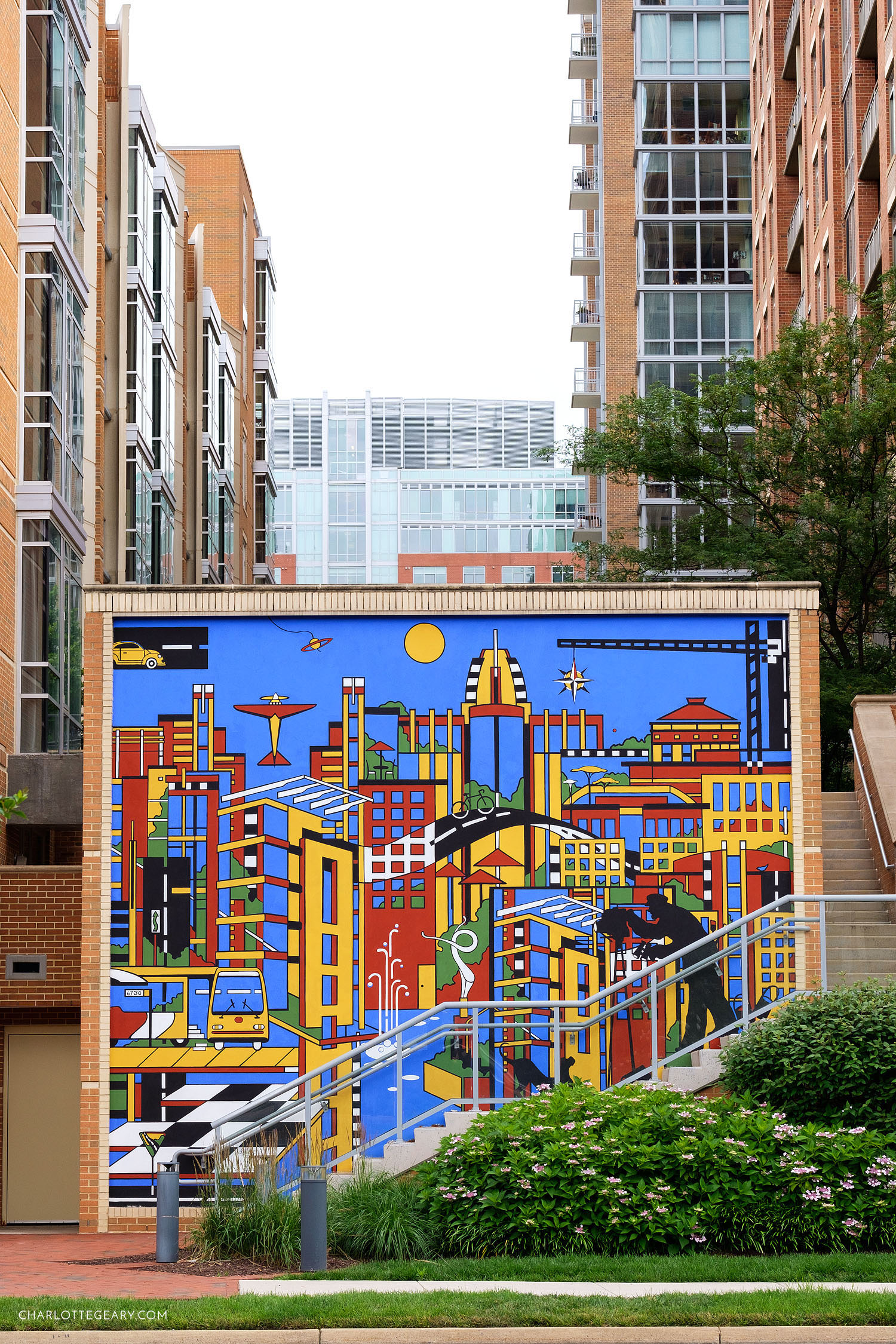 Midtown Community Mural, by Dana Ann Scheurer at Reston Town Center