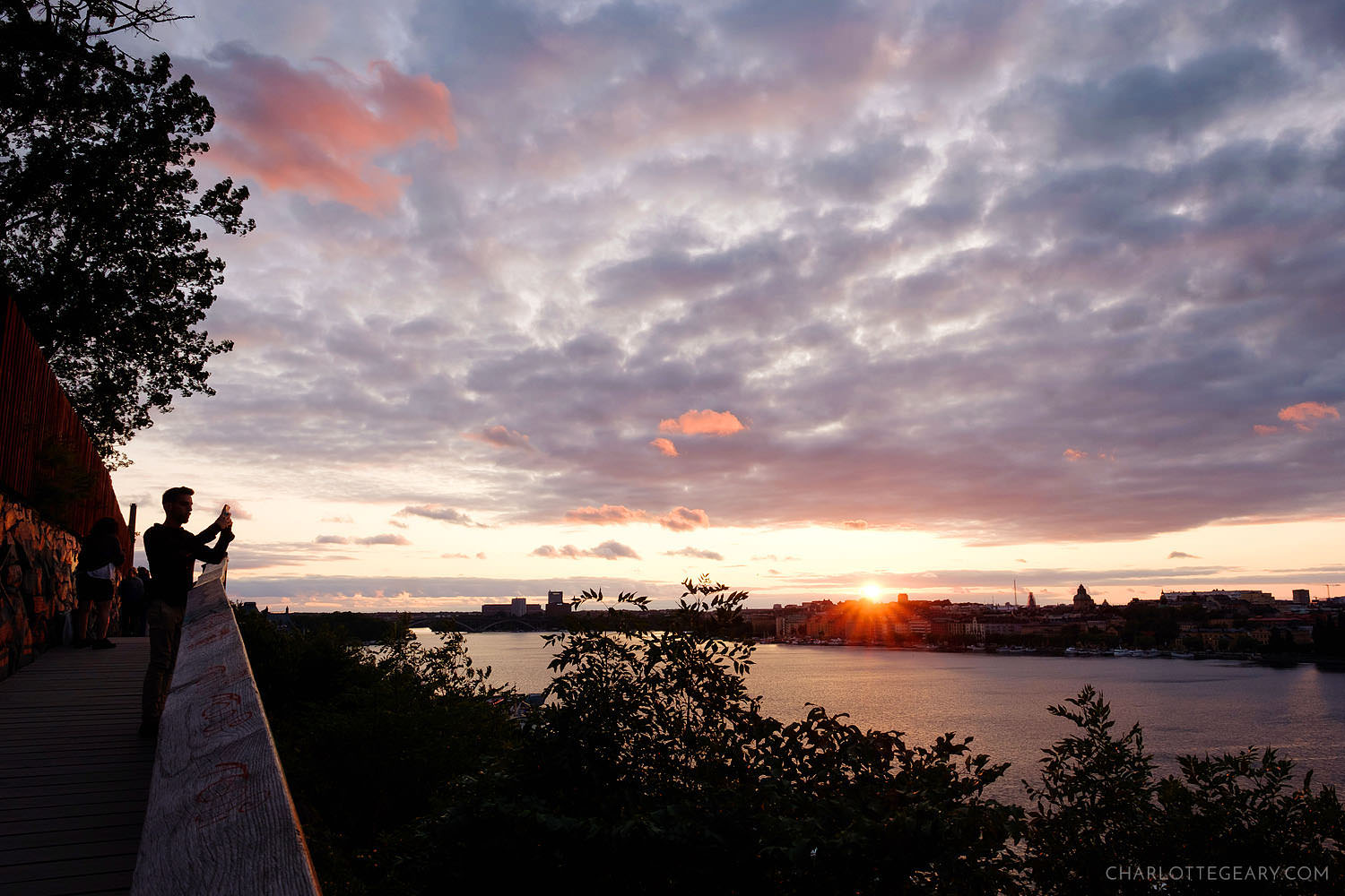 Sunset view from the Monteliusvägen cliffside trail in Stockholm